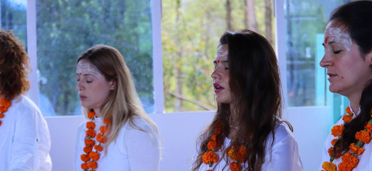 meditation-ashram-in-india