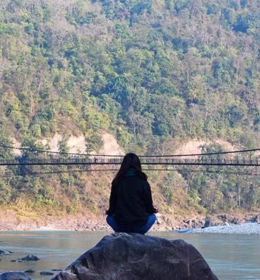 stillness reveals the divinity